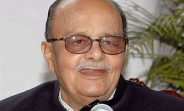 bhopal gas case complaint filed in court against arjun singh