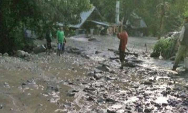 himachal pradesh 4 feared dead in flash floods triggered by