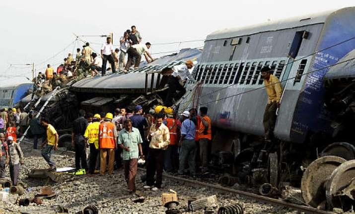 4 pcpa members held for gyaneshwari derailment