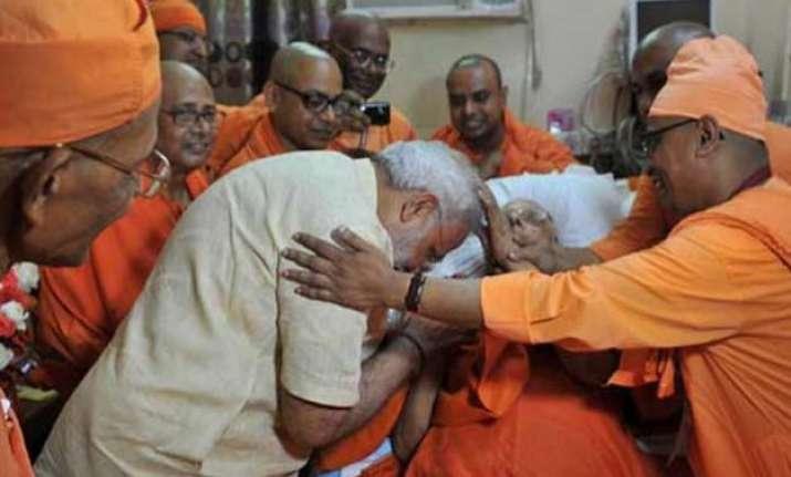 the monk who foresaw modi s future in raj dharma