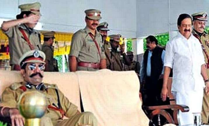 kerala cop asked to explain not saluting minister