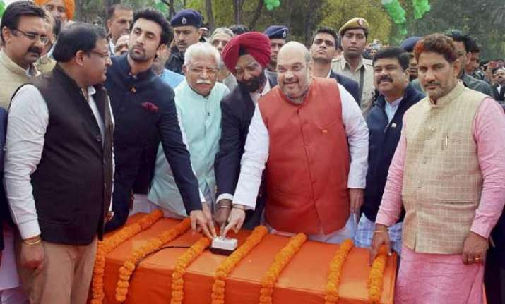 amit shah ranbir kapoor unfurl largest and tallest indian