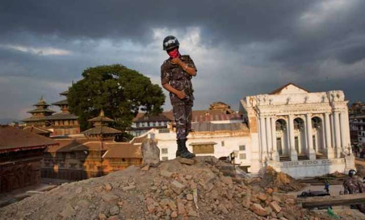 quake aftershocks are likely to continue met department