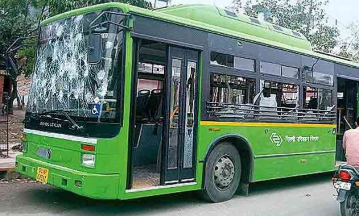 delhi bus driver dies after being beaten up by a group