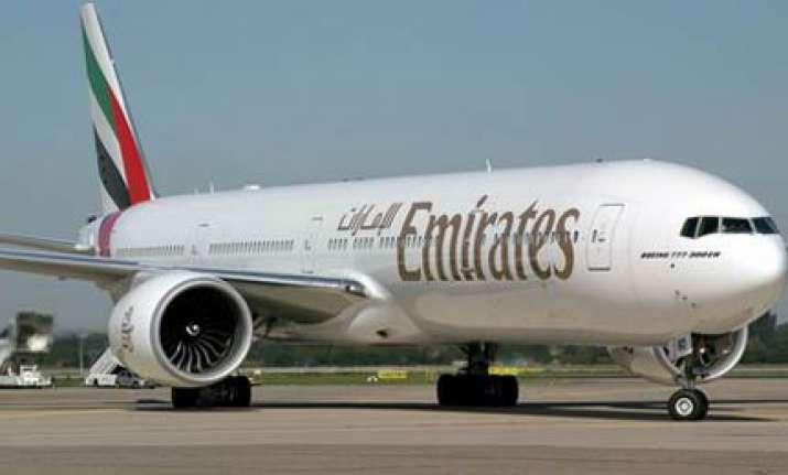 emirates flight makes emergency landing