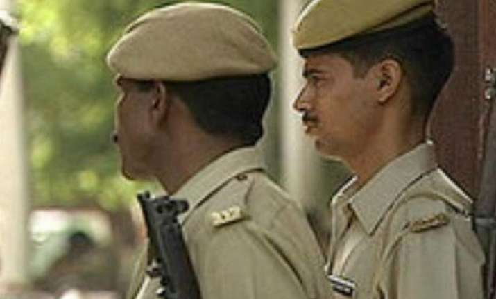 delhi police registers fir against unnamed persons for isis
