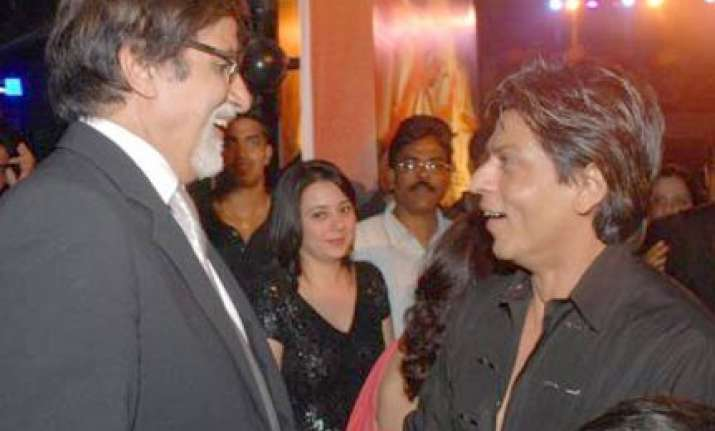 amitabh bachchan wishes a speedy recovery for srk