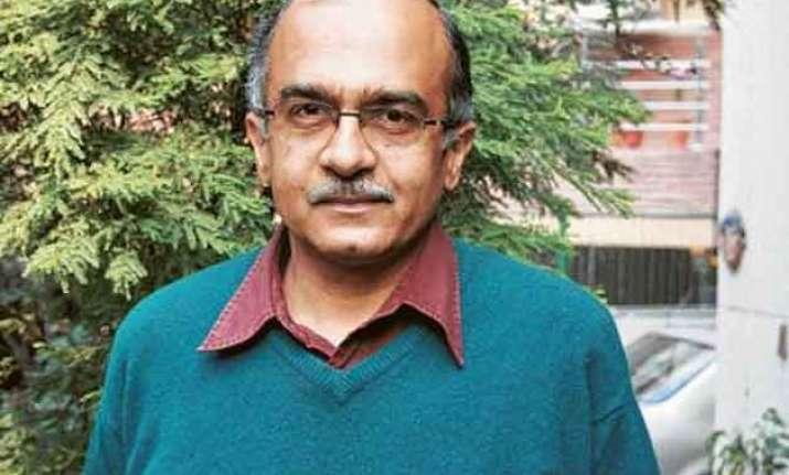 kiran bedi joining bjp a mistake prashant bhushan