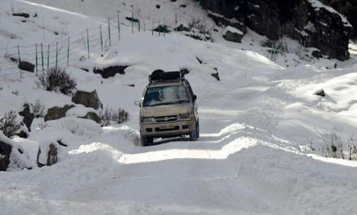 avalanche warning issued in 7 districts of kashmir