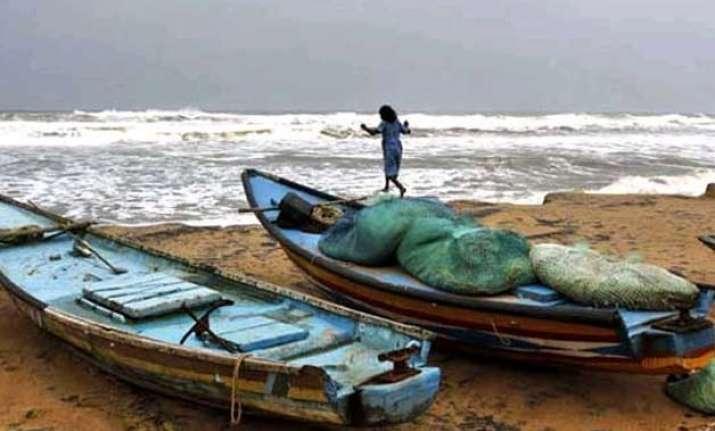 43 fishermen arrested by sri lankan naval personnel