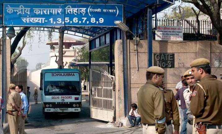 2 undertrials killed after rival gangs clash inside tihar