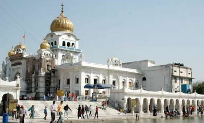 bangla sahib gurdwara in delhi to have golden walls