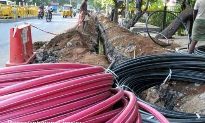 odisha wants broadband connectivity in 16 districts by 2015