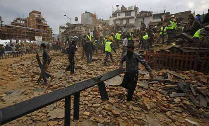 gujarat rss workers to raise fund for earthquake hit nepal