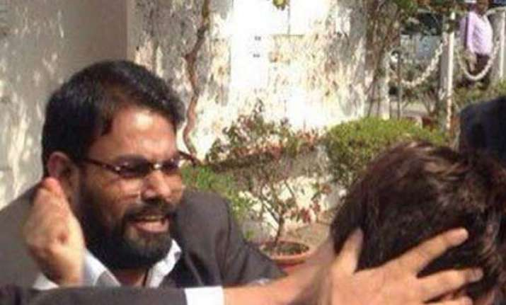 lawyer yashpal singh arrested for attacking journos