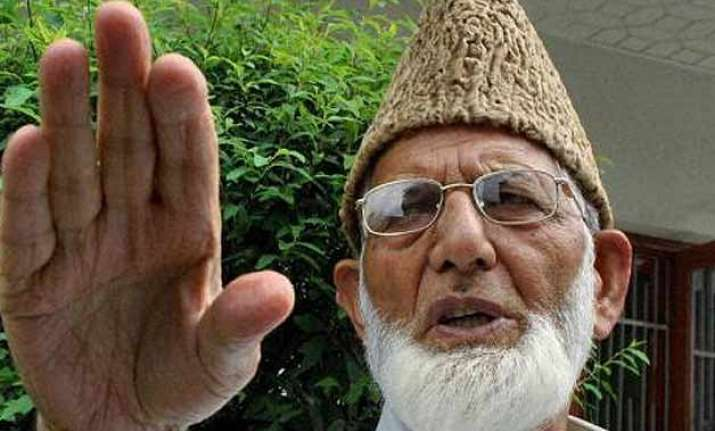people will continue waving pak flags in kashmir syed ali