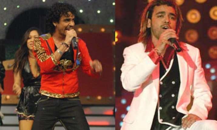 singer toshi sabri critically injured near shirdi