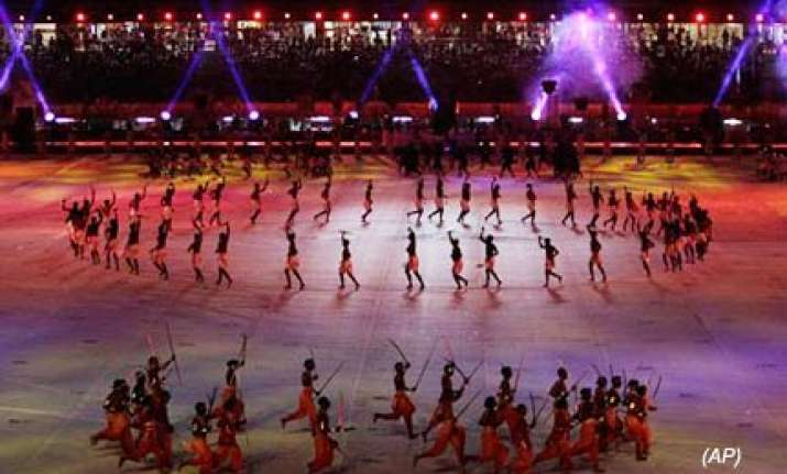 spectacular ceremony draws curtain on 2010 commonwealth