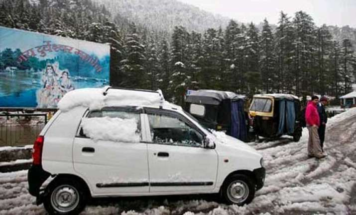 snowfall in high altitude areas of himachal