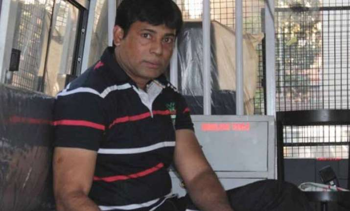 abu salem gets life imprisonment in pradeep jain murder case