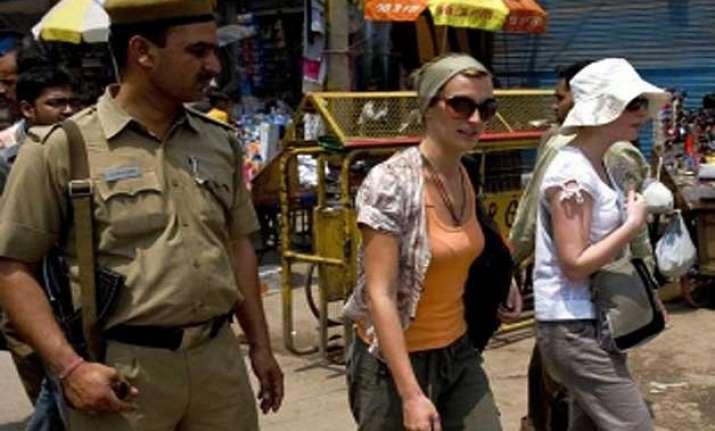 australians visiting india warned of terror attacks