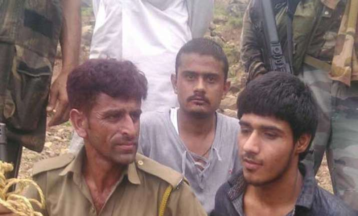 arrested terrorist naved trained in same lashkar camp as