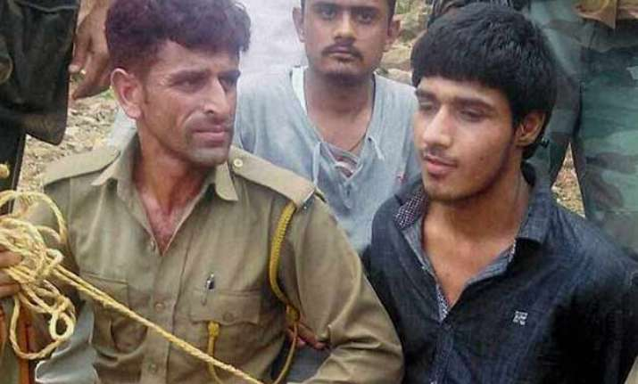 udhampur terror attack 4 held for helping pakistani