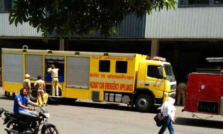 igi airport scare no radioactive leak say delhi government