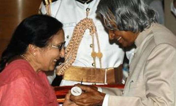 punjabi writer dalip kaur tiwana to return padma shri