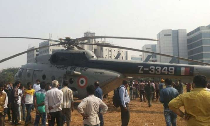 air force chopper makes emergency landing in mumbai s