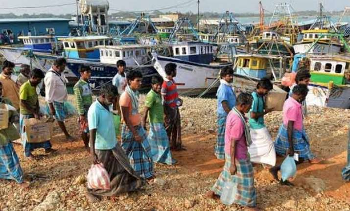 indian fishermen attacked by sri lankan navy return to shore