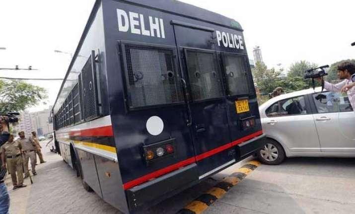 delhi police set to launch track me facility