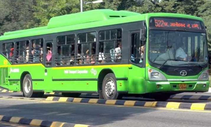 200 dtc buses to have e ticketing machines by january end