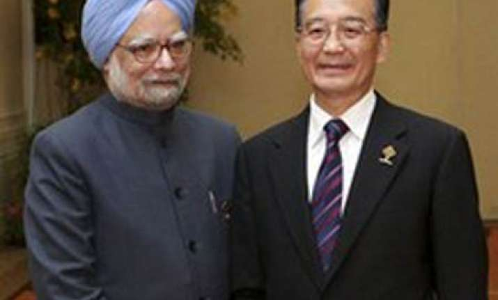 be sensitive to india s core issues pm tells china