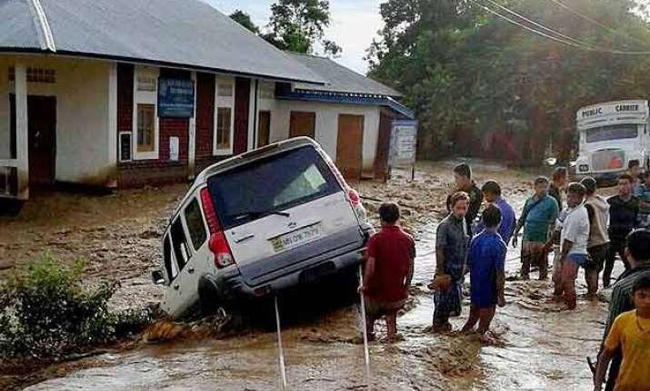 more than 180 die in floods in bengal gujarat rajasthan