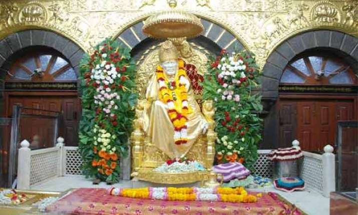 darshan aarti rates hiked for vip visitors of saibaba temple