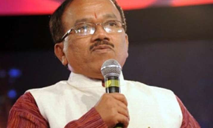 government wants mining to restart from october goa cm