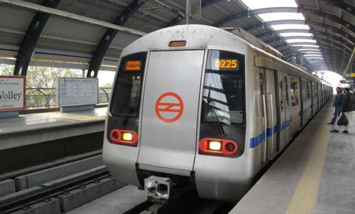 delhi metro begins process for providing wifi facility
