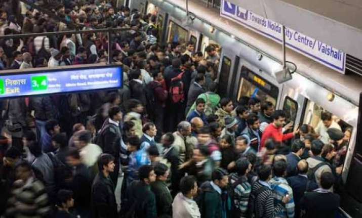 delhi metro s rajiv chowk and kashmere gate made wifi