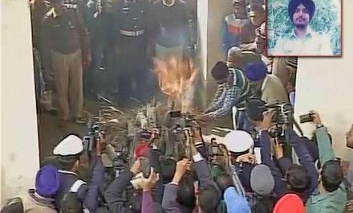 martyr garud commando gursewak singh laid to rest in ambala