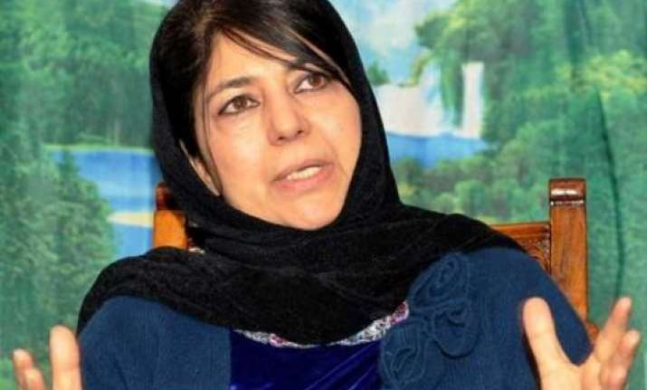 mehbooba meets pm wants his personal interest on jk