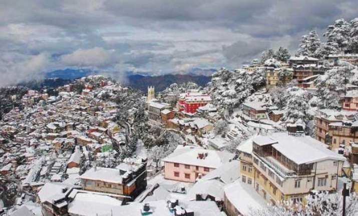 shimla rejoices with season s first heavy snowfall