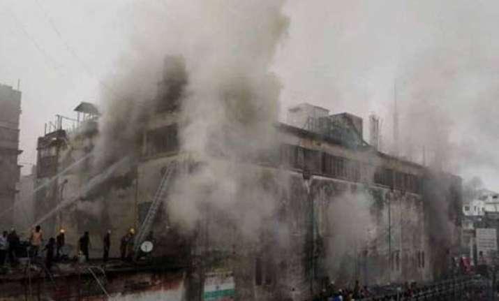 major fire near new market in kolkata