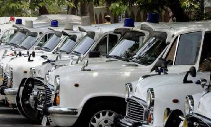security scare in delh as blue beacon itbp car goes missing
