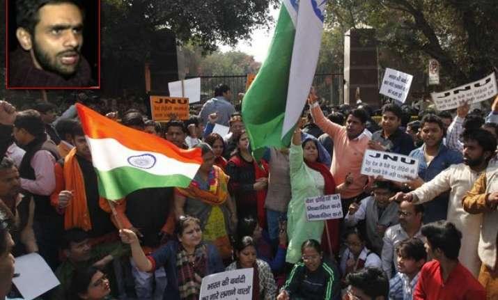 jnu row delhi police report silent on kanhaiya blames umar