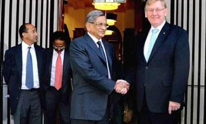 india asks australia to withdraw travel advisory