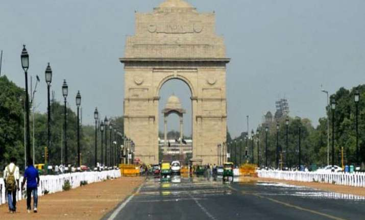 india gate right place to build war memorial antony