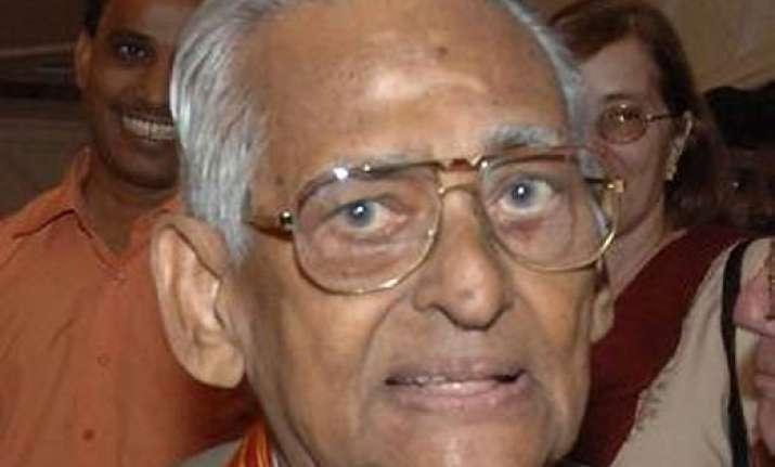 indira era bureaucrat p c alexander passes away