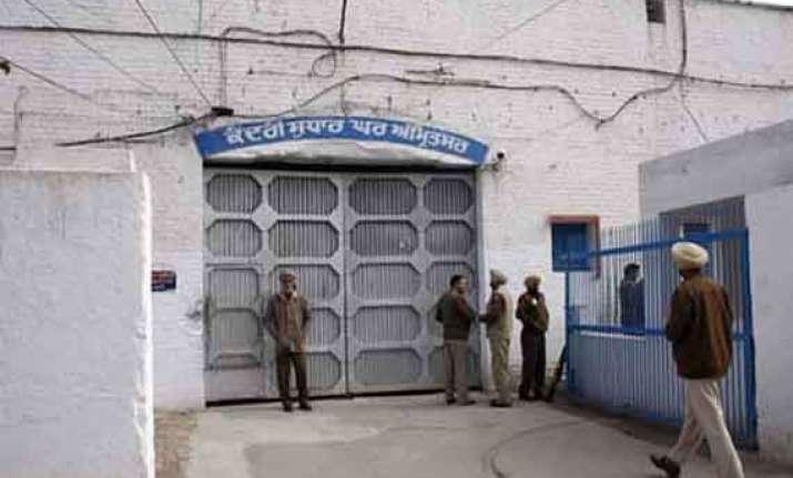 indo pak judicial commission meets 56 pak prisoners in