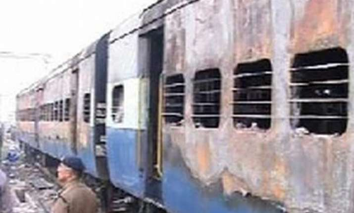 indore man arrested in samjhauta express blast case by nia
